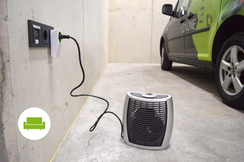 Smart Socket Air v garáži