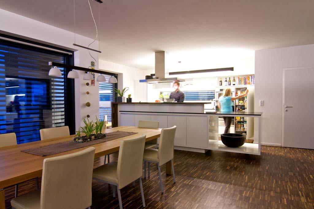 kuchyně v krásném osvětlení