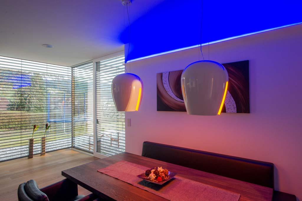 doplňkové barevné osvětlení LED pásky