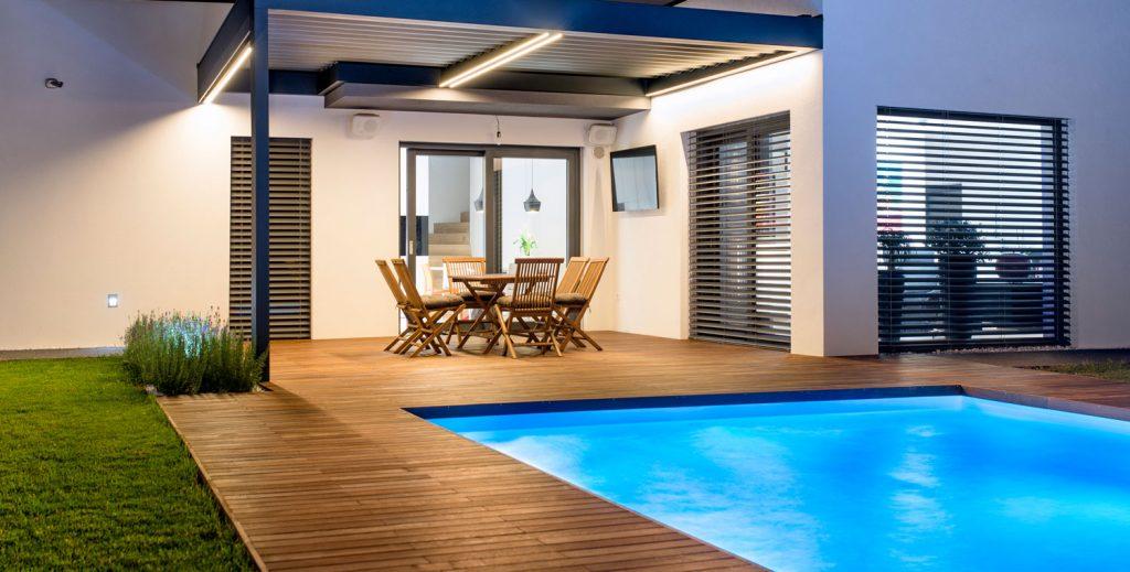 chytrý bazén od Loxone