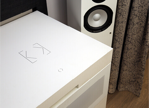 Umístění Touch Surface na stole