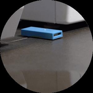 záplavový senzor pod pračkou