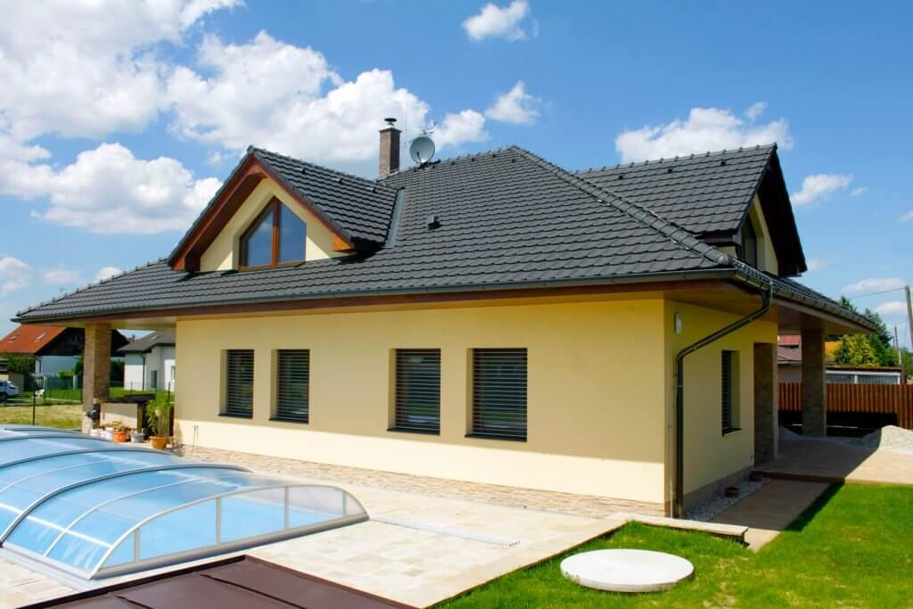 chytrý dům bungalow, jehož cena nebyla vysoká