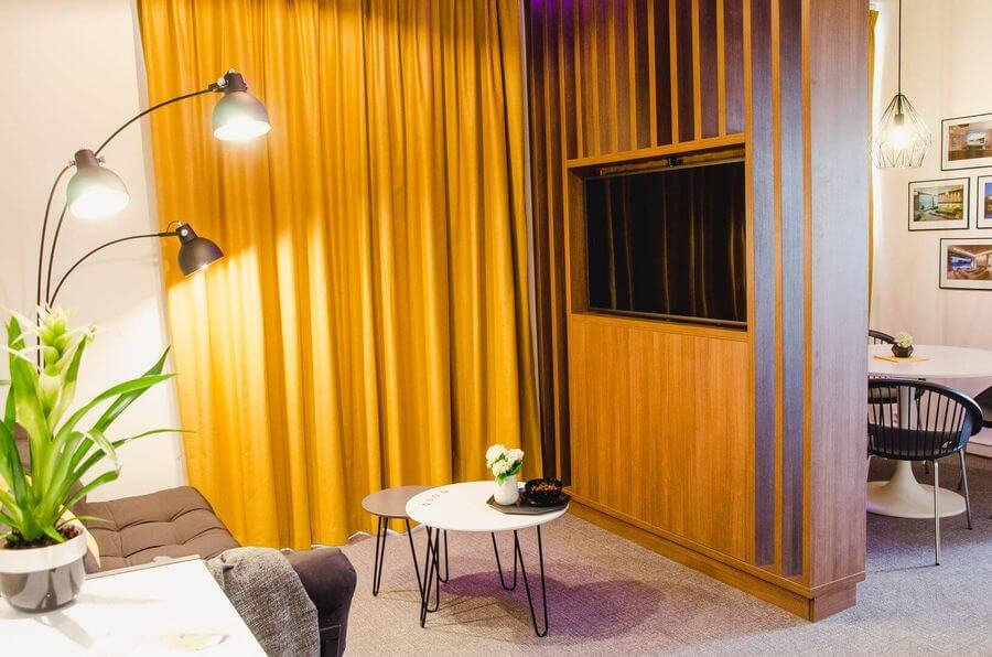 Pohled na smart home showroom firmy Smarteon v Brně