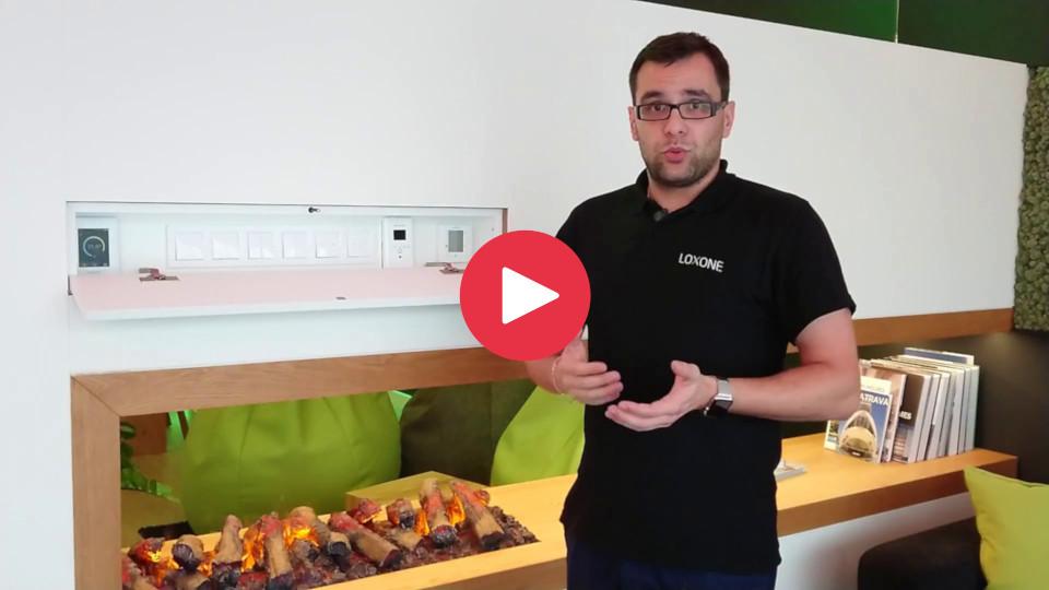 Prohlídka vzorové chytré domácnosti na videu