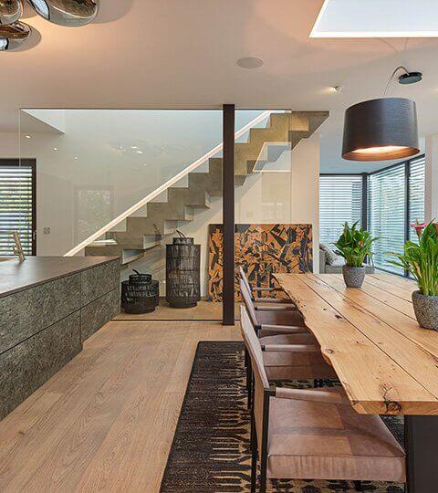 architektem navržený interiér montovaného domu