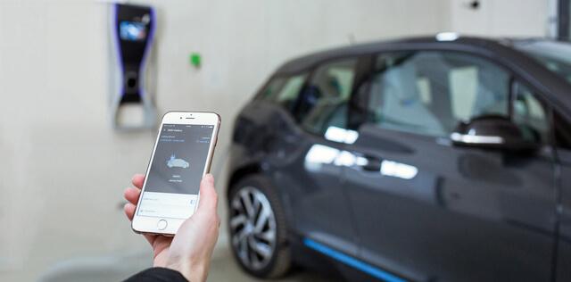 BMW E-Mobility Loxone App