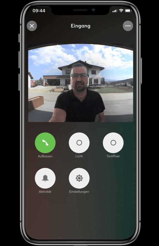 Mockup App - Videoübertragung in der App im Einsatz