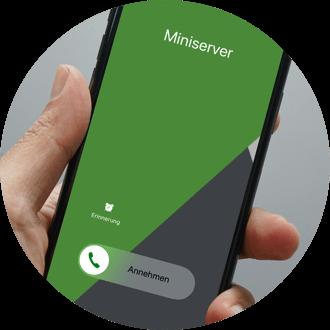 Smartphone mit Caller Service - Automatische Benachrichtigung im Alarmfall