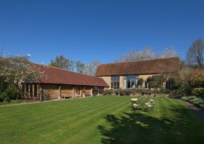 Whistlers Barn - Garden