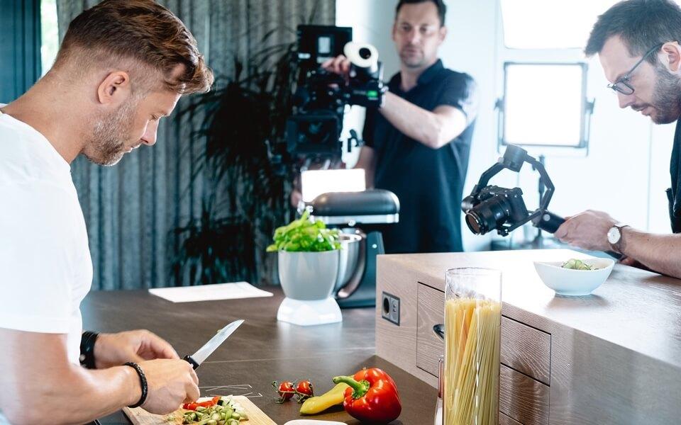 Küchenszene mit Hauptaugenmerk auf den Touch Surface