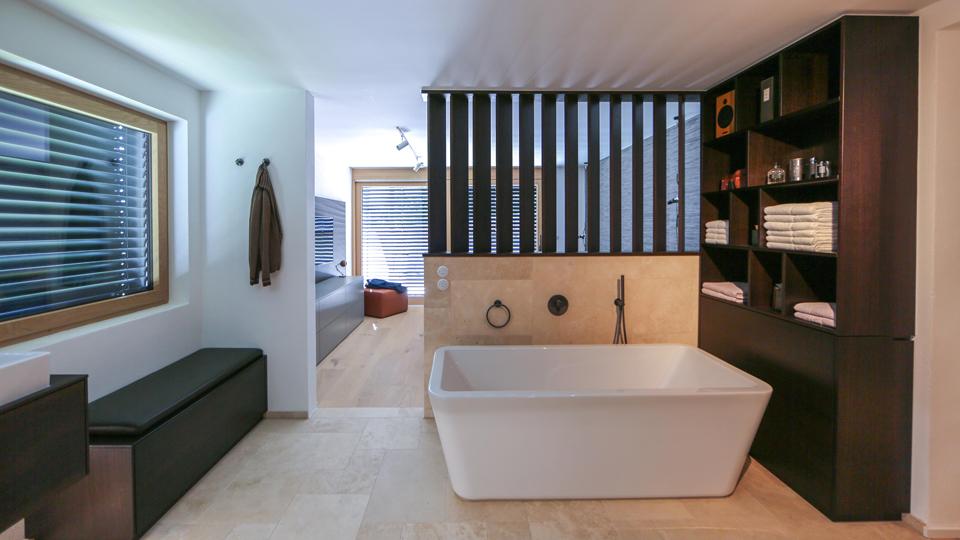 Badezimmer im 60er Jahre Stil