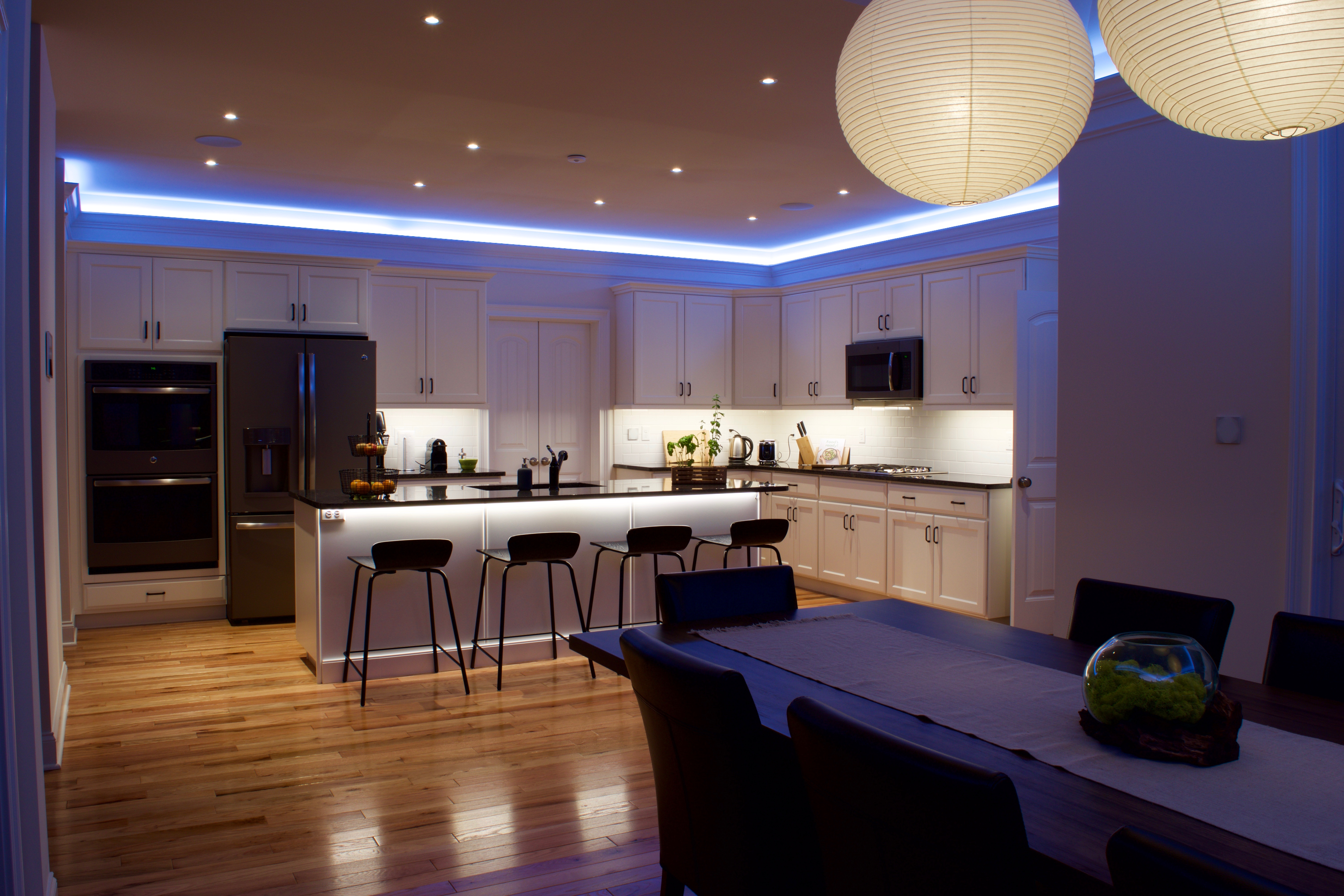 our 6 top home automation ideas for your home loxone blog. Black Bedroom Furniture Sets. Home Design Ideas