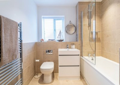 The_Ridings_bathrooms-5