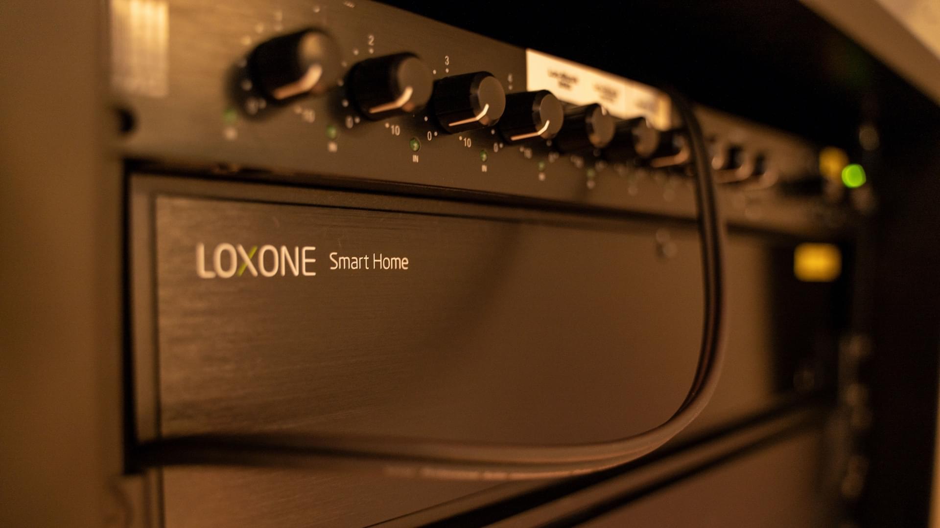 Lunik 2 – Loxone Music Server