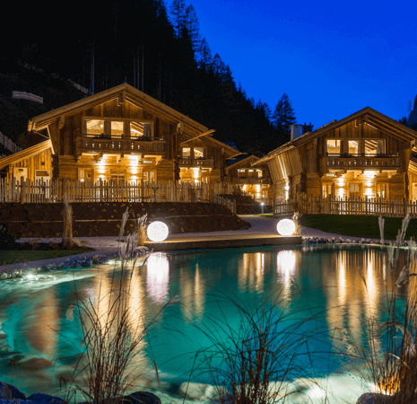 Chalet retreat with lake and mountain views