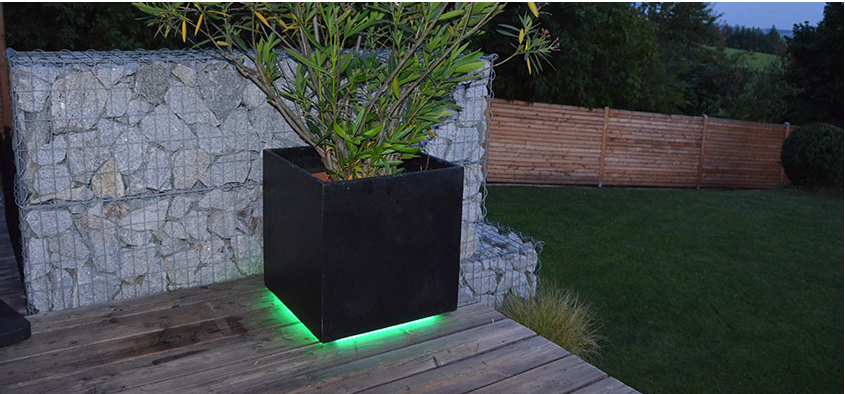 Iluminacion led jardin mesa baja de jardn pillow con for Luces led jardin