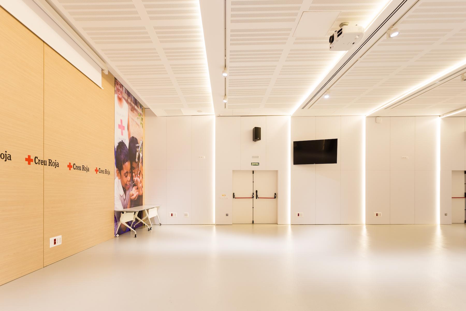 Sala polivalent llums
