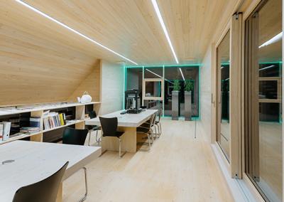 EN_Photo_Case_Study_Perpetuum_Inside_office