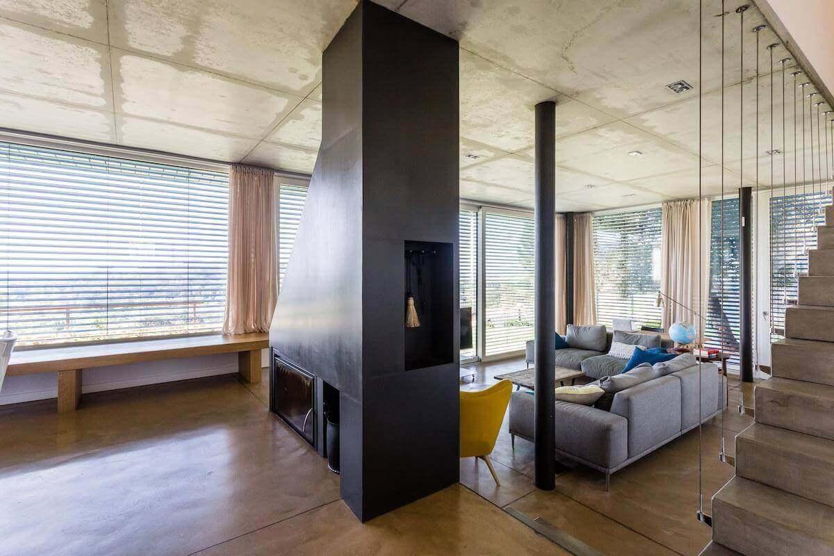 Feuerstelle-des-Passivhaus-Girona