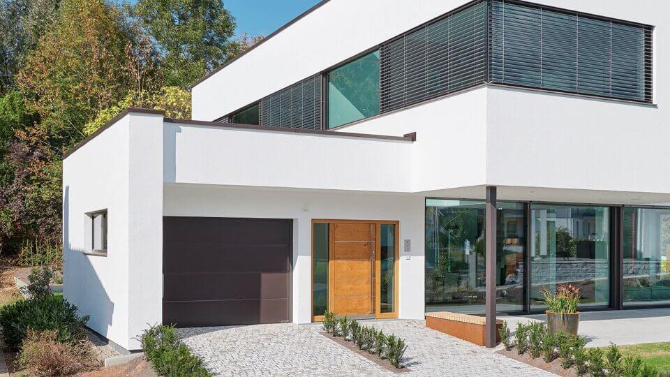 PH_house-entrance-garage-shading