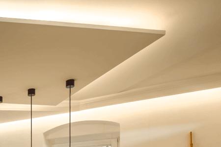 Taśmy LED w podwieszanym suficie