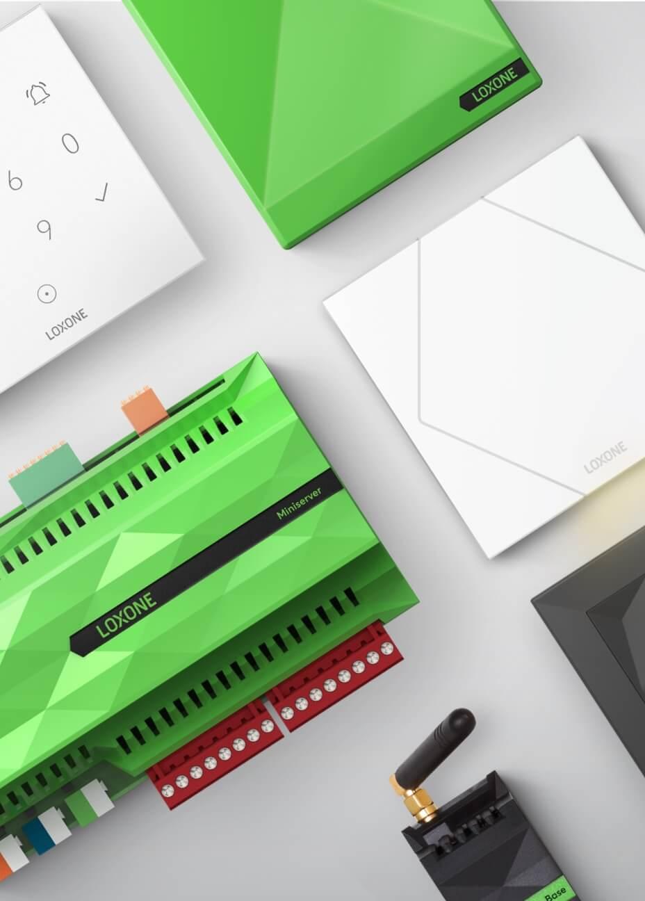Collage Loxone Produktsortiment