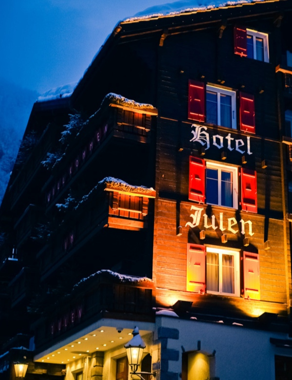 Widok na Hotel Julen