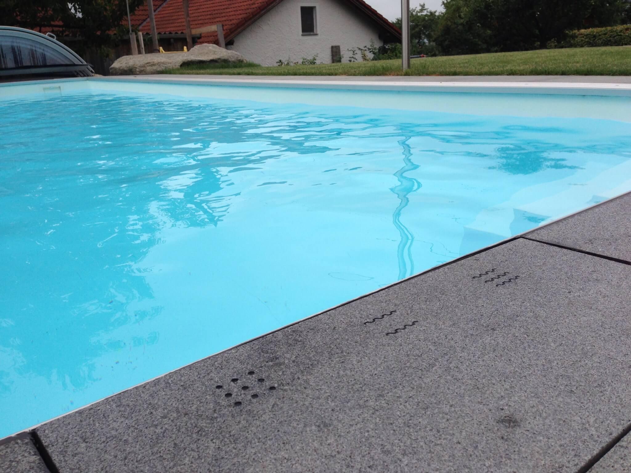 Smart Pool - Gravierte Taster